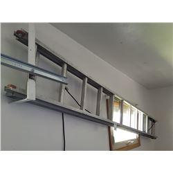 12 FOOT ALUMINUM EXTENSION LADDER