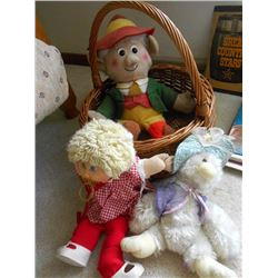 BUNDLE LOT: CABBAGE PATCH KID / PLUSH KEEBLER ELF / CUPID, GIANT PLAYING CARDS, PINS