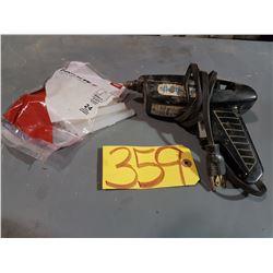 Bostik 260 Glue Gun with glue stick