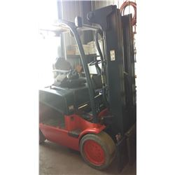 Linde E25 ForkLift (2005) 5000lbs for outside (no battery/ no fork)