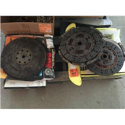 5 Clutch kits (1 used for 99 Dodge Diesel 350 2 wheel drive, 1 used for 2005 Dodge 6 speed diesel)