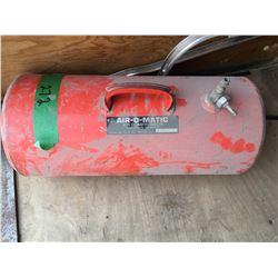 Airomatic portable air tank
