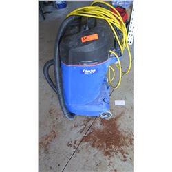 Clarke Maxxi II Commercial Wet/Dry Vacuum