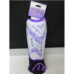 New pair of Striker Soccer Shin Pads for ages 3-5 / pee-wee