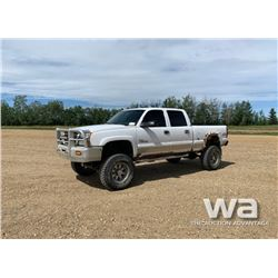 2004 CHEVROLET SILVERADO 2500 HD CREWCAB PICKUP