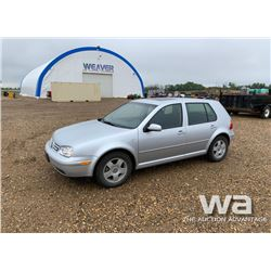 2001 VOLKSWAGON GOLF 4-DOOR CAR