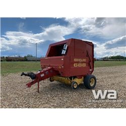 1999 NEW HOLLAND 688 ROUND BALER