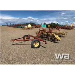 NEW HOLLAND 256 & 260 V-HAY RAKES