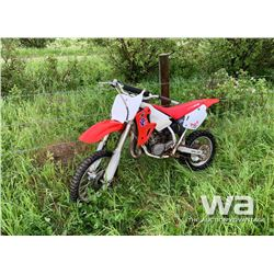 2001 HONDA CR80R DIRT BIKE