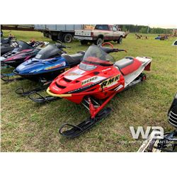 2002 POLARIS 800 VERTICAL EDGE SNOWMOBILE