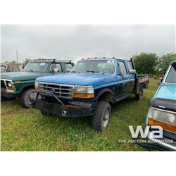 1993 FORD E-CAB FLATBED TRUCK
