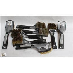BOX OF TIRE BRUSHES