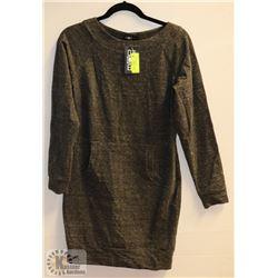 NEW GREY MOE BRAND DRESS W/SLEEVES -