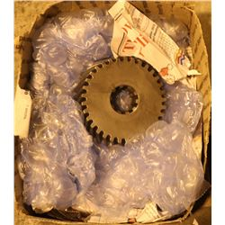BOX WITH 2 MISC GEAR WHEELS