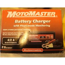 MOTOMASTER BATTERY CHARGER WITH FLOAT-MODE