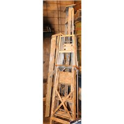 LOT OF 5 STEP LADDERS OF VARIOUS SIZE