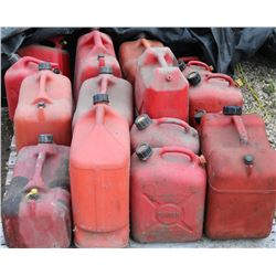 PALLET OF VARIOUS JERRY CANS
