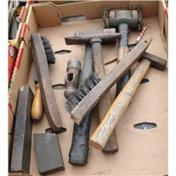 FLAT OF ASSORTED WIRE BRUSHES, HAMMERS, STONES &