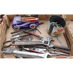 FLAT OF HAND TOOLS INCLUDES ALLEN KEYS, PLIERS & MORE
