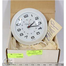 VINTAGE INGRAM ELECTRIC WALL CLOCK IN ORIGINAL BOX