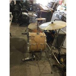 GV Drums Drum Kit