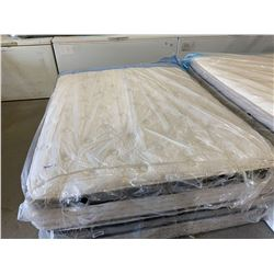 FLOOR MODEL DISPLAY Queen Size Euro Top Mattress