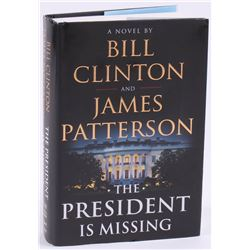 "Bill Clinton  James Patterson Signed ""The President Is Missing"" Hard Cover Book (JSA COA)"