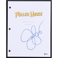 "John Stamos Signed ""Fuller House: Our Very First Show, Again"" Full Episode Script (Beckett COA)"