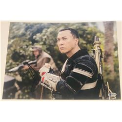 "Donnie Yen Signed ""Rogue One"" 11x14 Photo (Beckett COA)"