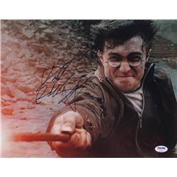 Daniel Radcliffe Signed  Harry Potter  11x14 Photo (PSA Hologram)