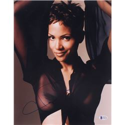 Halle Berry Signed 11x14 Photo (Beckett COA)