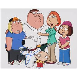 "Seth MacFarlane Signed ""Family Guy"" 11x14 Photo (PSA COA)"