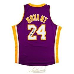 Kobe Bryant Signed Los Angeles Lakers Jersey (Panini COA)