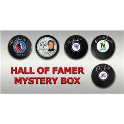 Schwartz Sports Hockey Hall of Famer Signed Logo Hockey Puck Mystery Box - Series 5 (Limited to 100)