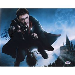 Daniel Radcliffe Signed  Harry Potter  11x14 Photo (PSA Hologram)