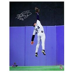 """Ken Griffey Jr. Signed Seattle Mariners """"The Catch"""" 16x20 Photo Inscribed """"HOF 16"""" (TriStar Hologram"""