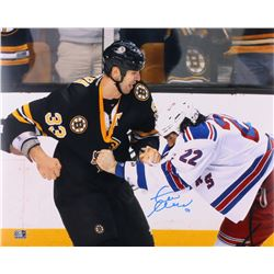 Zdeno Chara Signed Boston Bruins 16x20 Photo (Chara COA)