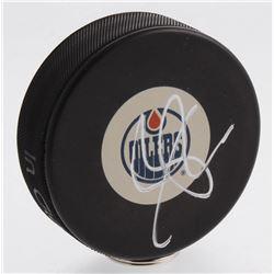 Connor McDavid Signed Edmonton Oilers Logo Hockey Puck (PSA COA)