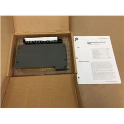 Allen Bradley 1771-0W16/B Electromechanical Contact Output Module