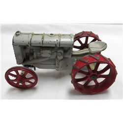 VINTAGE CAST IRON FORDSON TRACTOR