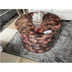 """BERHARDT MULTI STONE 32"""" ROUND MOBILE COCKTAIL TABLE WITH DECOR"""