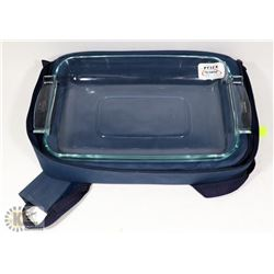 PYREX PORTABLES DISH IN INSULATED TRAVEL BAG