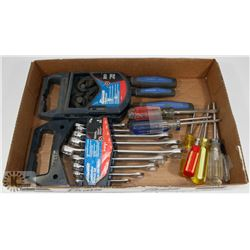 FLAT OF SCREWDRIVERS, WRENCHES, ROBO WRENCHES