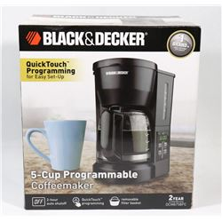 BLACK AND DECKER SINGLE SERVE COFFEE MAKER AND HOT