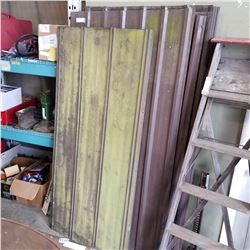 LOT OF METAL SIDING