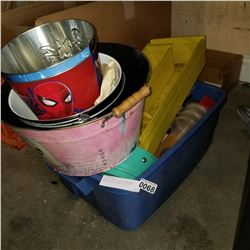 TOTE OF TRAYS AND CONTAINERS AND METAL BUCKETS