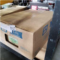 BOX OF 10 x 1/2 TREAMER TEK SCREWS 2100 PIECES