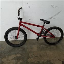 RED NO NAME BMX BIKE