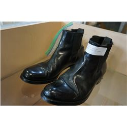 RCMP CONGRESS BOOTS W/ ATTACHMENTS SPURS AND SPARE SPEARS