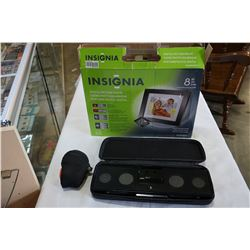 AS NEW INSIGNIA DIGITAL PICTURE FRAME AND IHOME SPEAKER